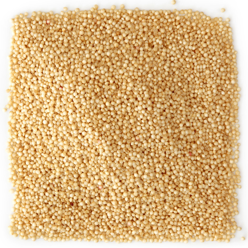 Raw amaranth seeds