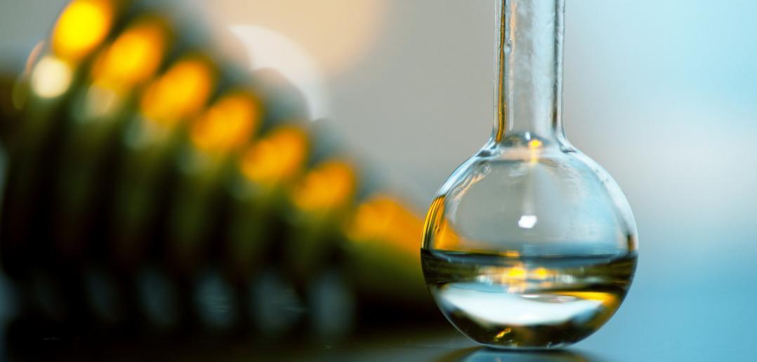 vial of essential oil