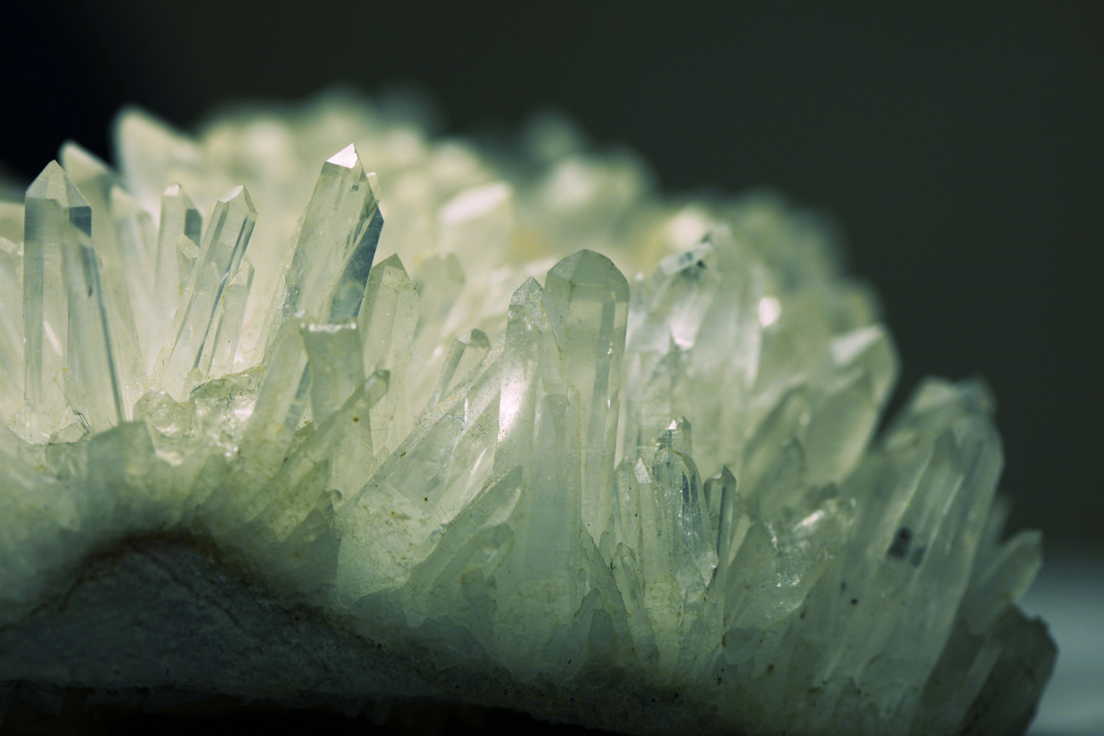 Crystal Healing: What You Need To Know + 13 Types You Can Use ...