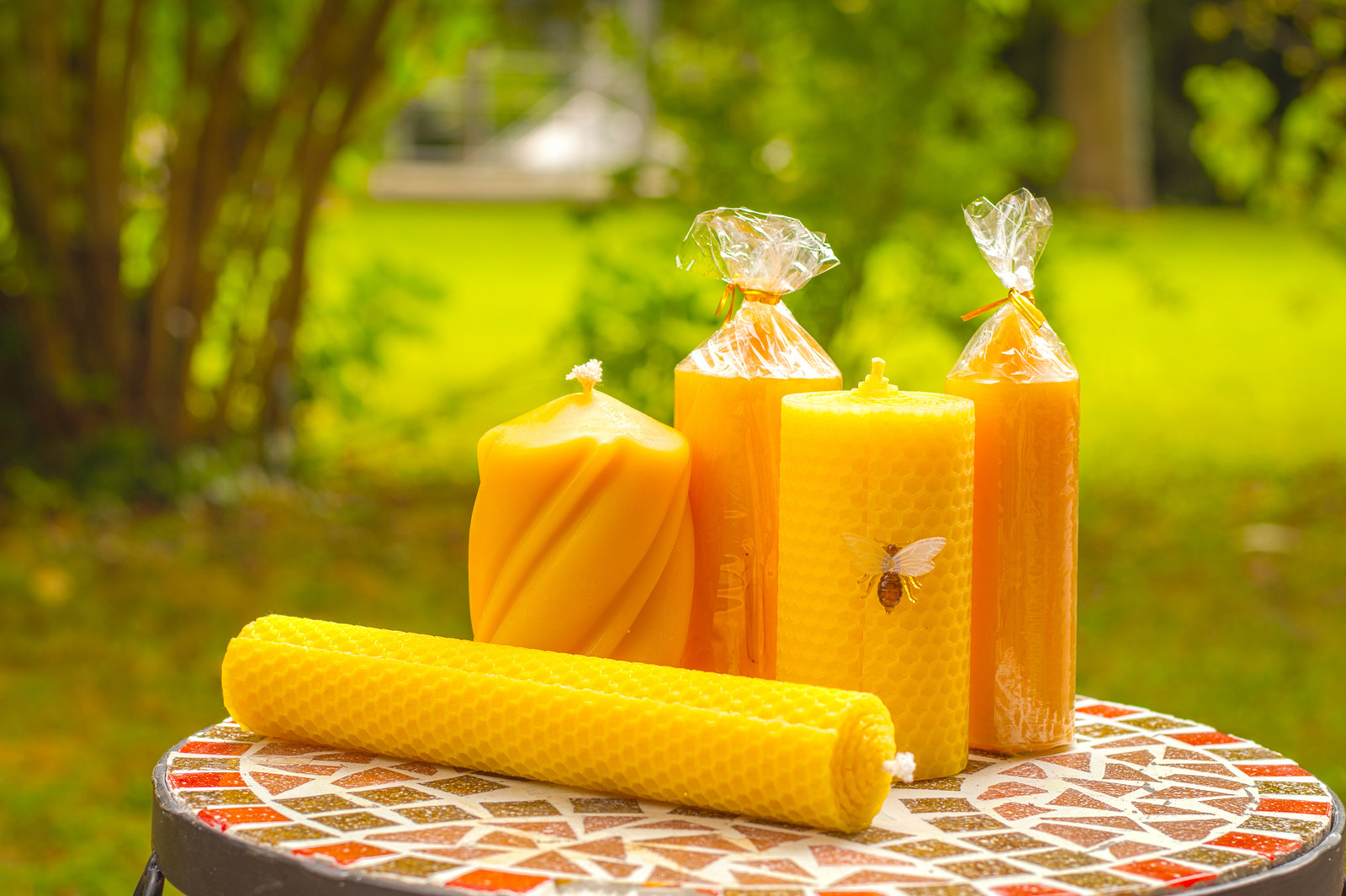 organic candles made out of bee's wax